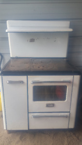 antique wood and coal oven stove working condition