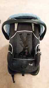 Lux carseat  London Ontario image 1