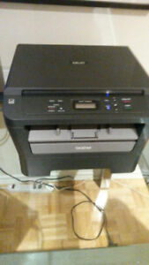 Brother DCP-7060D  Printer Scanner