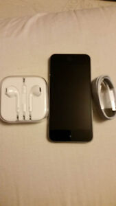 VENTE RAPIDE !!!   iPod touch 16Go (6eme generation) SPACE GREY