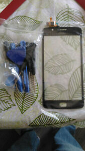 Moto G5 touchscreen and front glass.  Brand new
