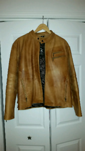 Manteau de cuir large