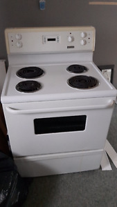 REFRIGERATOR AND STOVE FOR SALE!!