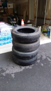 Set of 4 Tires 195/65R15