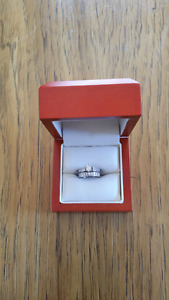 Beautiful white gold Wedding ring set