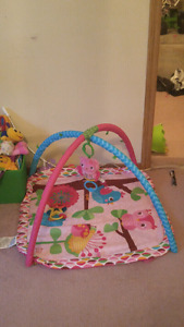 Baby girl tummy time play mat