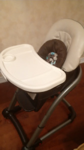 Toddler high chair Graco in great condition