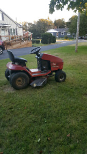 Lawn tractor/mower