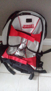 SKATEBOARD BACKPACK - EXCELLENT CONDITION