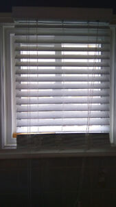Faux white wood Blinds - Horizontal 2""