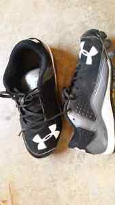 UnderArmour cleats - size 4