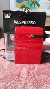 RED Nespresso Inissia individual espresso/lungo maker