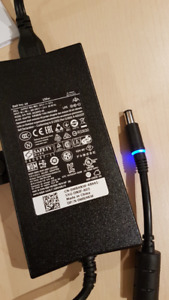 Genuine Dell laptop 130 watts charger mint