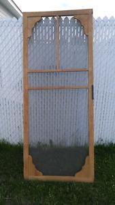 Porte en bois avec moustiquaire DOIT PARTIR