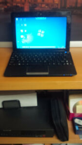 """10.1"""" Netbook Asus EEE 1015 with cosmetic defects"""