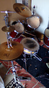Drumkit for sale:Yamaha Stage Custom 5 Pc w/Cymbals and Hardware