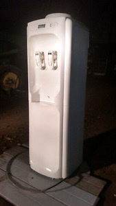 WHITE 'CLASSIE' WATER COOLER