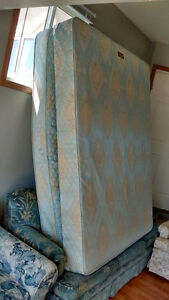 MOVING SALE GOOD condition FULL size mattress and box set.  From