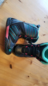 K2 Snowboard Boot size 4, new last year, excellent condition