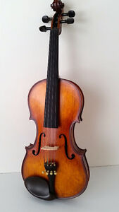 Brand new 4/4 elegantly carved advanced violin outfit - $800.00