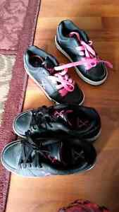 Skate Shoes - new condition  youth size 2 and 4