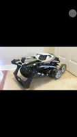Stroller with easy click in baby car seat