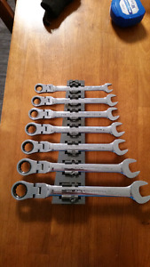 Gearwrench flex head metric set
