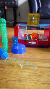 Hamster cage with Habitrail