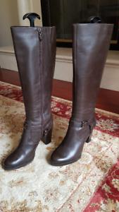 Tahari Brown Leather Boots 8M