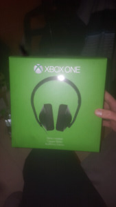 Xbox one headset brand new in the box 60$