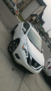 New 2017 NissaN Murano 6563KM only