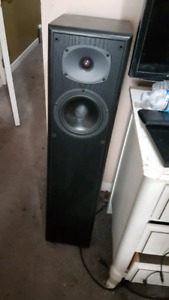Cerwin vega rl 16t towers 9/10condition 500 firm