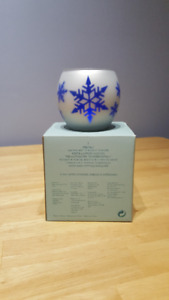 PartyLite Snowflake Tealight Holder