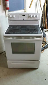 Glass top stove Canmore