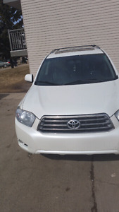 I'm selling my highlander only to serious inquiries if you are j