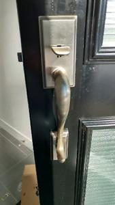 Poignée de porte extérieure