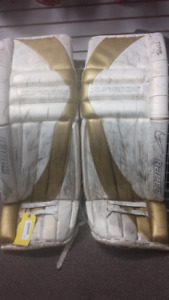 BAUER SUPREME PRO GOALIE PADS WHITE & GOLD 37""