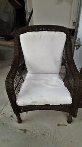 Wicker exterior chairs with cushions Kitchener / Waterloo Kitchener Area image 2