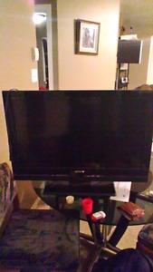 32 inch LCD sony tv