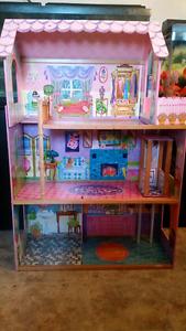Maison de poupée de environ 4pied