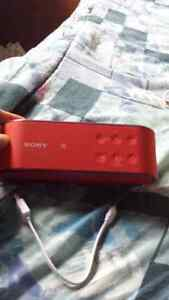 I am selling a mint condition Sony speaker London Ontario image 2