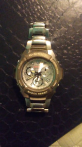 Great condition, needs battery, stainless steel