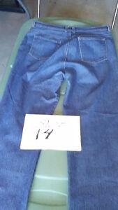 Women's jeans size 12 - 19 Kingston Kingston Area image 3