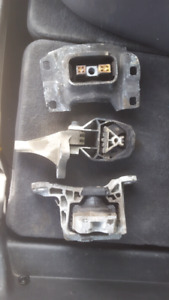 Engine mounts for ford focus