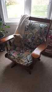 Rocking Chair, swivels, Solid wood, very clean