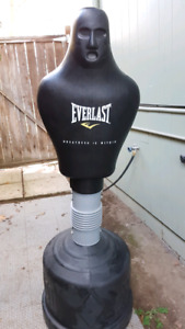 Free standing punch dummy bag