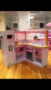 Kidkraft kitchen and dollhouse