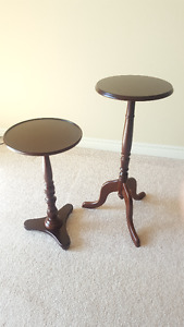 Two side tables - Dark brown. Excellent condition