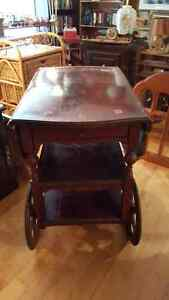 Antique dropleaf tea wagon serving trolley with a drawer West Island Greater Montréal image 5