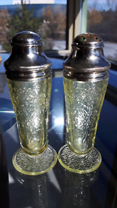 Royal Lace Light Green Depression Glass Salt & Pepper Shakers
